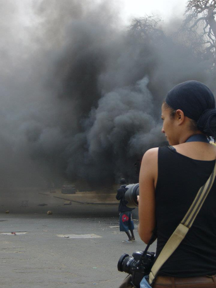 Photojournalist. Waiting For the smoke to clear. 2012. Pic  Jedi Ramalapa